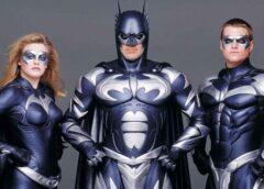 El guionista de Batman y Robin se disculpa por hacer una película tan mala