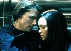 Thandie Newton explica por qué estaba asustada de Tom Cruise en Misión Imposible 2