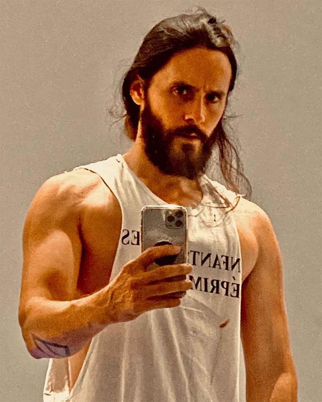 Impressive physical change of Jared Leto preparing Tron 3
