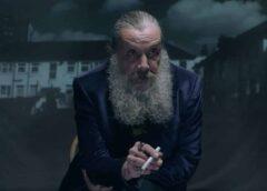 El mítico guionista de Watchmen, o la Broma Asesina, Alan Moore, critica duramente al cine de superhéroes en una entrevista para Deadline